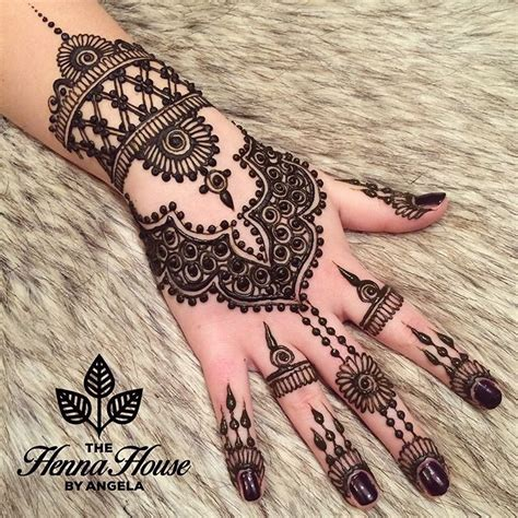 henna tattoo hand instagram 900 likes 18 comments the henna house by angela