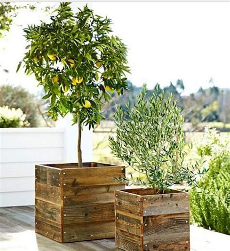 Planters Out Of Pallets by Best 25 Pallet Planter Box Ideas On Pallet