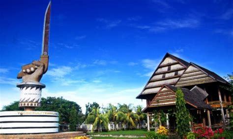istana langkanae luwu tujuan wisata sejarah terbaik