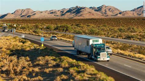 el salario promedio de un camionero pequea y mediana ee uu necesita contratar 50 000 camioneros el sueldo 73