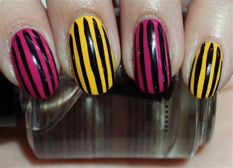 easy nail art stripes nail art vertical stripe nails swatch and learn