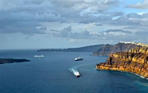 ferry boat from mykonos to santorini mykonos to santorini the 2015 guide