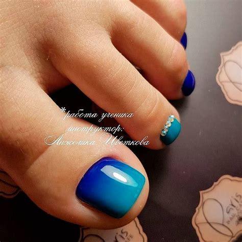 toe colors best 25 blue toe nails ideas on toenail