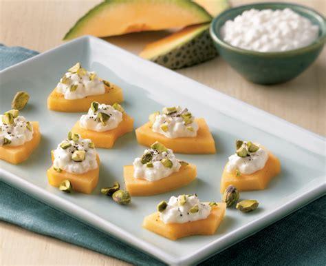 cheese canape recipes melon and cheese canap 233 s daisy brand