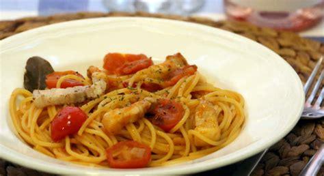 amatrice in tavola spaghetti al amatriciana una forma original y sabrosa de