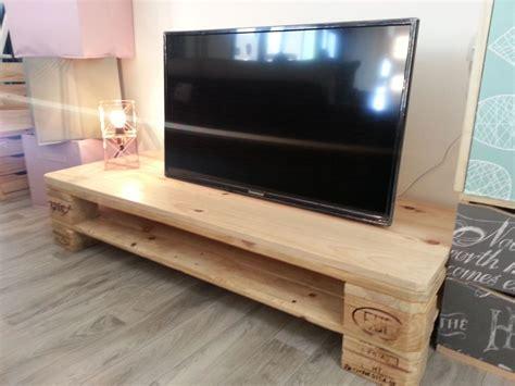 mueble un mueble para la tele con palets leroy merlin