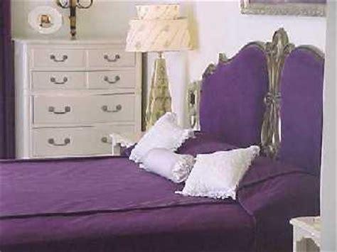 inside elvis bedroom inside graceland