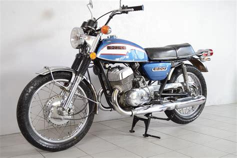 Suzuki T 500 by Suzuki T500 De 1973 D Occasion Motos Anciennes De