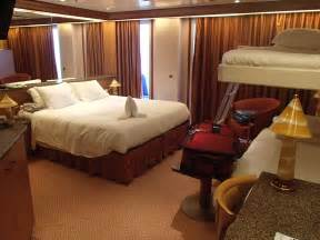 pictures of cabin 6158 on carnival spirit