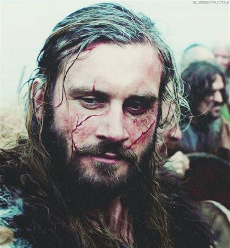 rollo lothbrok clive standen as rollo lothbrok vikings my favourite