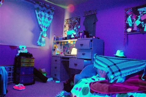 neon bedroom ideas 16 best blacklight room ideas images on pinterest