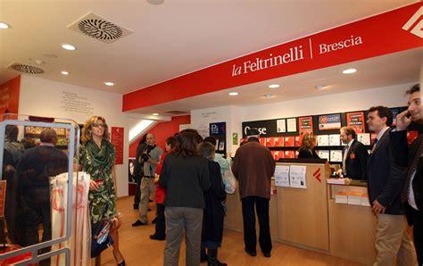 libreria feltrinelli brescia librerie feltrinelli no ai licenziamenti s 236 ai contratti