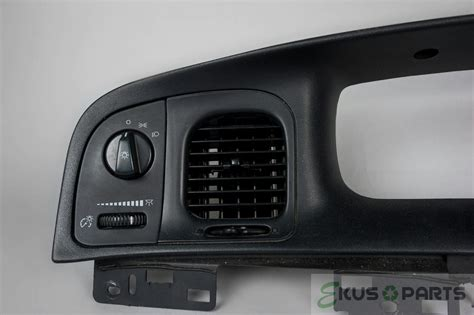 crown vic dash lights 2008 ford crown vic dash trim bezel with vents and light
