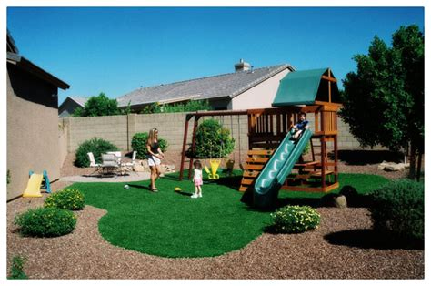 synthetic turf products are kid safe and pet friendly
