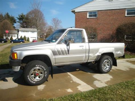 Toyota 22r For Sale Buy Used 1988 Toyota Sr5 Hilux 4x4 5 Spd Manual
