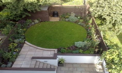 Small Garden Layout Ideas Patio And Garden Ideas Circle Garden Design Ideas Small Garden Plans And Layouts Garden Ideas