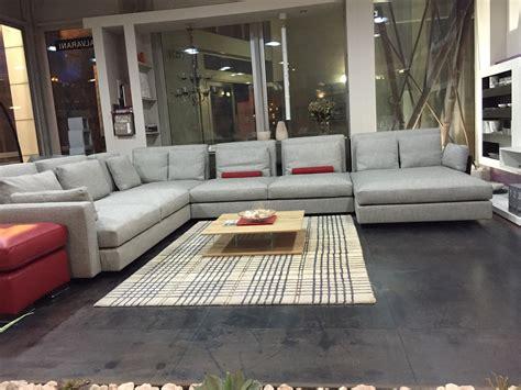 divani swan prezzi divano swan hemingway divani con chaise longue divani a