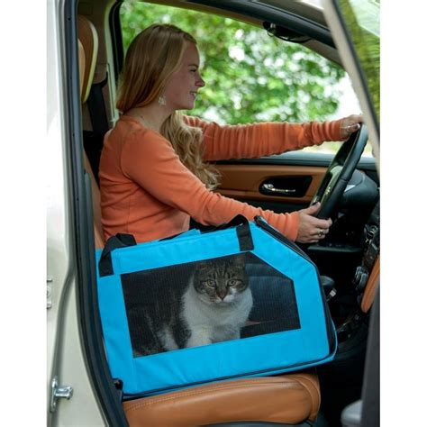 Lifepop Stereo Pet Carrier by Pet Gear Signature Pet Carrier Car Seat Radiofence