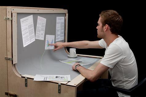 bent desk roomeon bend desk touchscreen schreibtisch der zukunft