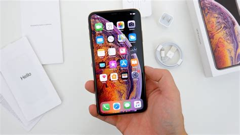 iphone xs max unboxing impressions gold 64gb