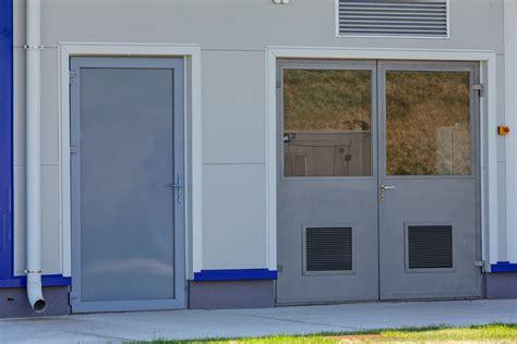 Hollow Doors by Metal Doors Oakville Lite Primed Steel Prehung
