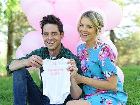 Bachelorette Expecting by Ali Fedotowsky Expecting Baby Babies