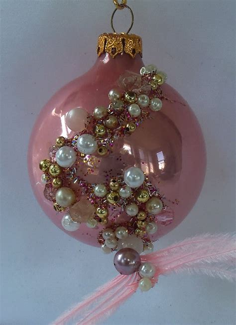 Decoupage Glass Ornaments - 17 best images about decoupage ornamenter on
