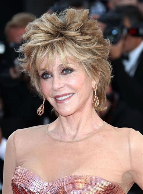 jane fonda hairstyle wigs jane fonda mixed colour deluxe lovely short wavy 100 real
