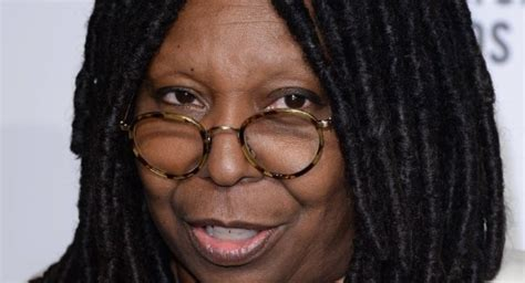 why did whoopie goldberg shave the side of her head here s something about whoopi goldberg that will blow your
