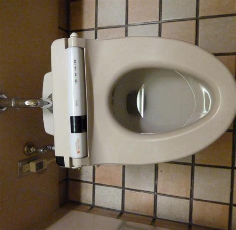 japanische toilette deutschland toiletten restaurant chinesen schl 252 rfen suppe aus