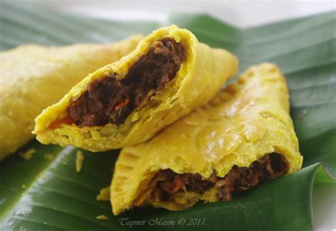 re making a classic vegan jamaican beef patties and guest post coming up vegan in the sun