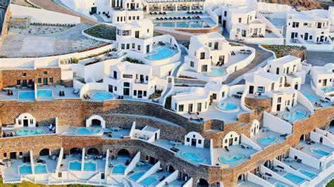 best luxury hotels santorini ambassador aegean luxury hotel suites santorini a
