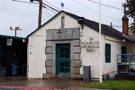 Folsom Post Office by Historic Entrance Picture Of Folsom Prison Museum