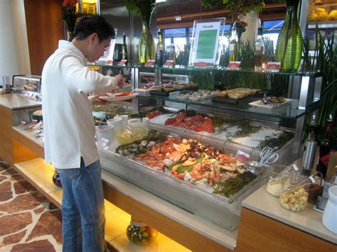 Seafood Shelf by Harbourside At The Intercontinental Goodies