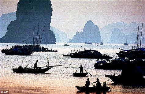 bay boats order online british man drowns after slipping overboard on vietnam