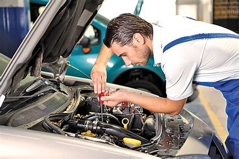 characteristics   good auto repair mechanic