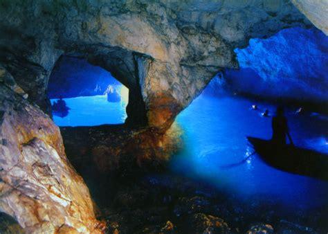 gruta azul italiajpg la gruta azul caverna secreta en la isla de capri