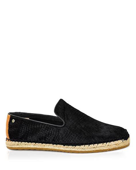 uggs flat shoes ugg ugg 174 australia flats sandrinne scale in black lyst