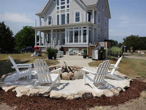 how to my to and outside how to create a fieldstone and sand pit area how tos diy