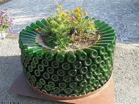 Planters Ideas by The Most Creative Diy Planters Home Design Garden