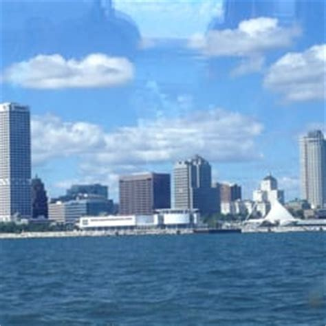 boat cruise from milwaukee to chicago edelweiss cruise dining vessel boat charters westown