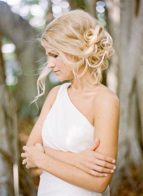 Wedding Hairstyles Curly Side Bun by Wedding Hairstyles Curly Side Bun Www Imgkid The