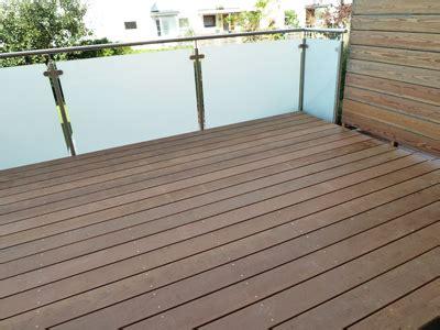 geländer terrasse verzinkt terrasse holz dekor