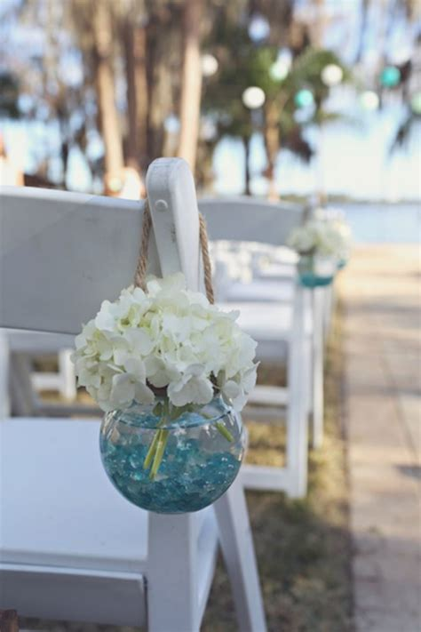 beach wedding aisle decoration ideas deer pearl flowers