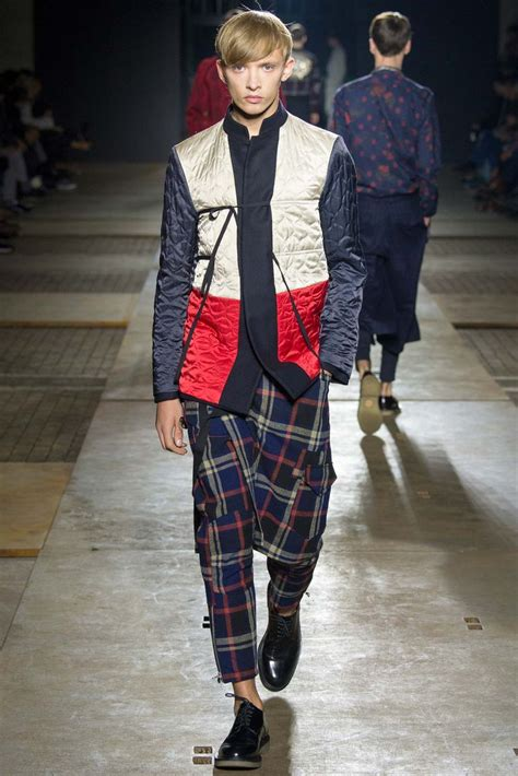 Menswear Chic At Dries Noten Gets A Twist By Wearing The Necktie Like A Harness Its A Snap To Capture The Spirit Without Breaking The Bank Fashiontribes Fashion by Dries Noten Fall 2015 Menswear Collection Gallery
