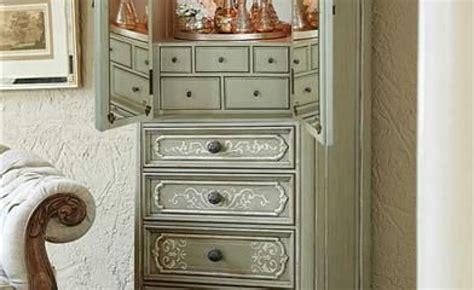 Jewelry Armoire 100 by 100 Outstanding Jewelry Armoires Zen Merchandiser