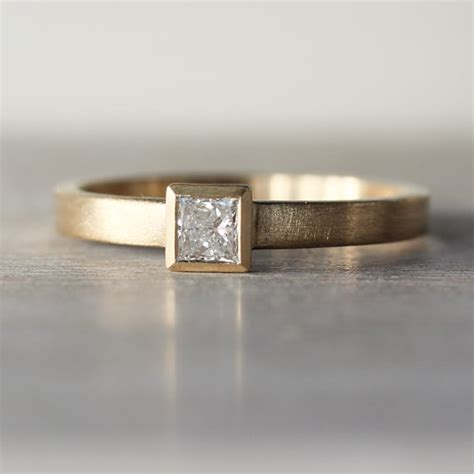 3mm simple square princess cut or moissanite low