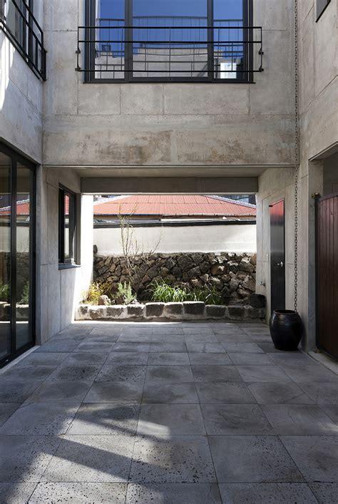 gaon k design studio gaon s concrete house provides solitude in korea