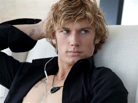hollywood hottest man in the 2015 alex pettyfer competencia para robert pattinson