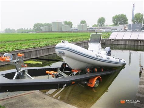boat trailer centering guides vanclaes boottrailers winnaar vakprijs mets dame award